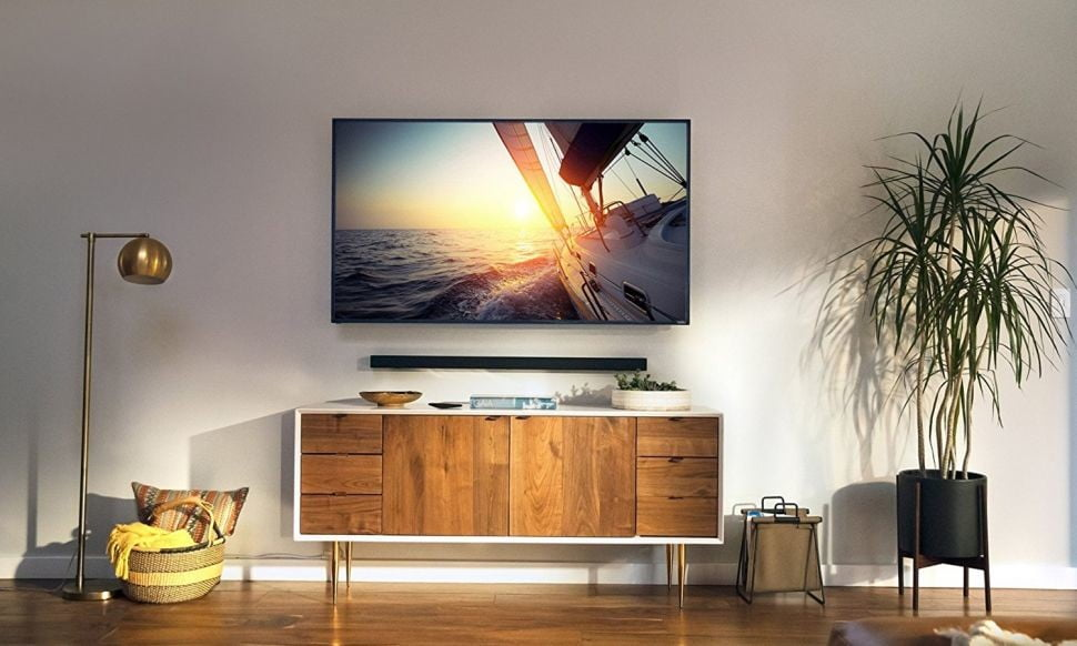 What are the benefits of mounting TV on the wall in canada?
